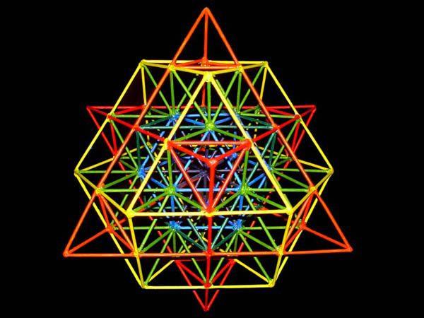 64-Tetraeder fraktales Design